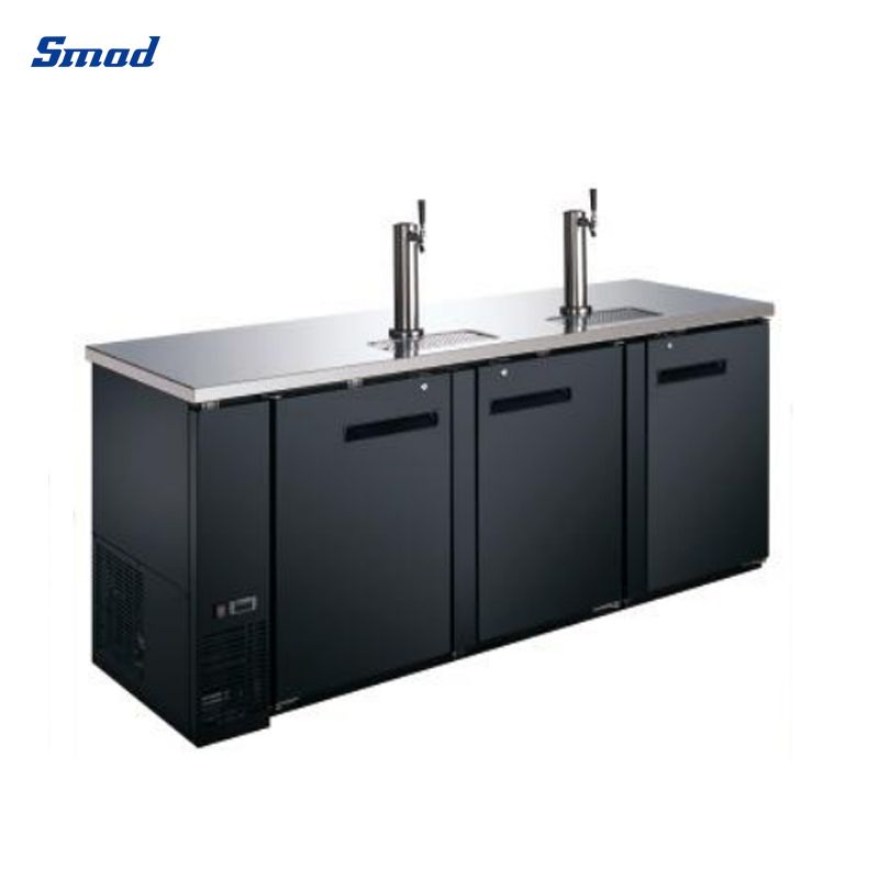 This cooler refrigerator has a black appearance and has 3 doors, and the top is made of stainless steel, which is easy to clean.